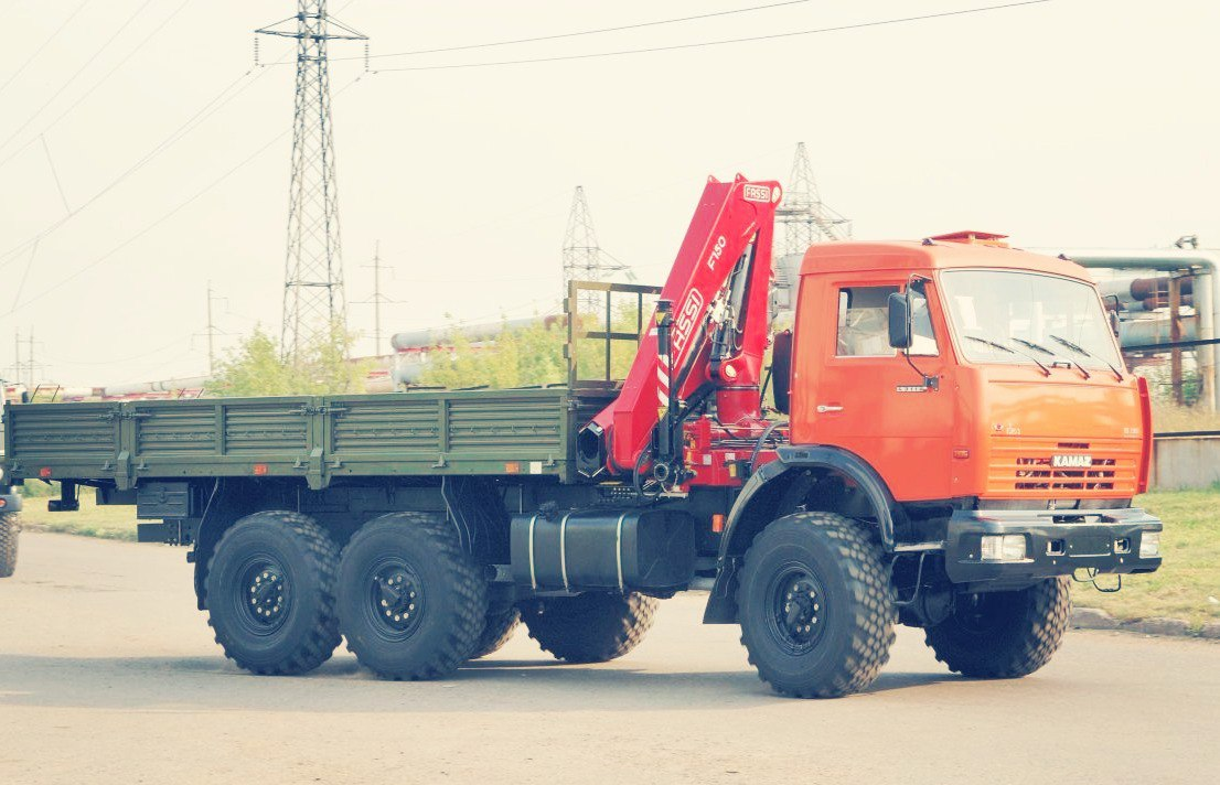 Автокраны и манипуляторы в Красноармейске